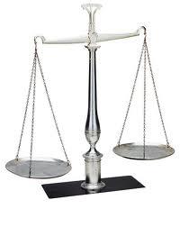 Vos droits conforme à la justice dans droit des étrangers balance-avocat
